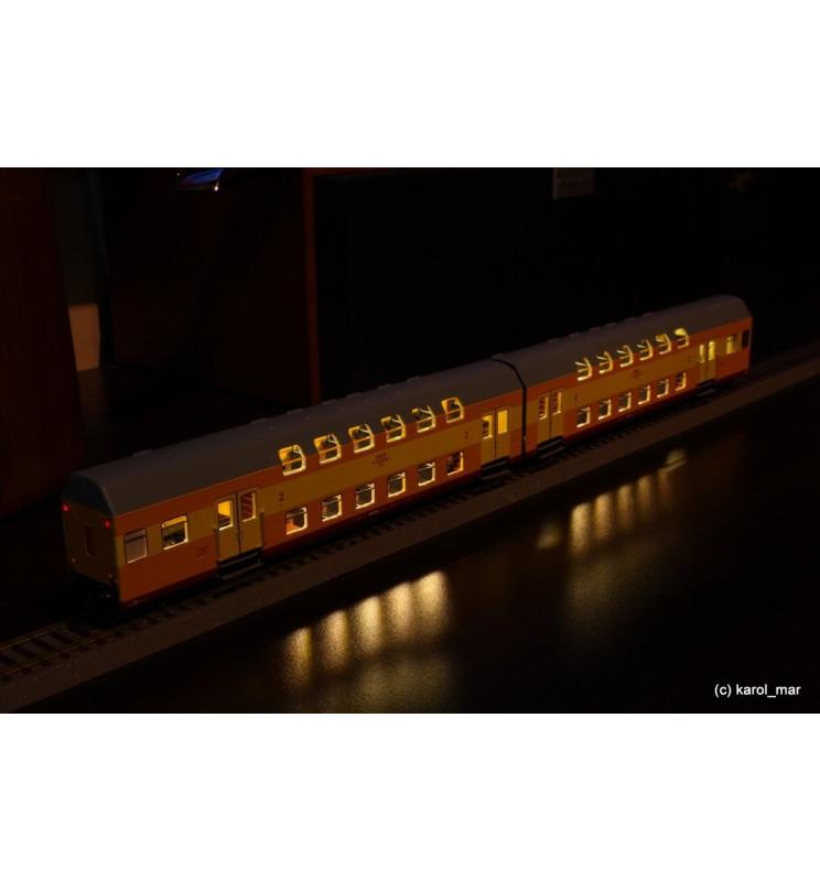 Oświetlenie DCC wagonów piętrowych 2-człony Bhp Rivarossi