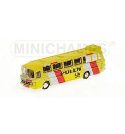 Autobus Mercedes Benz 0302 Polskiej reprezentacji z '74 roku, Skala 1:160 - Minichamps 169 035189