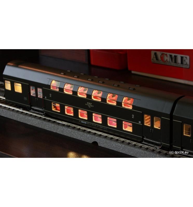 Oświetlenie DCC wagonów piętrowych 4-człony Bipa / Bhp Rivarossi, zimny biały - świetlówki
