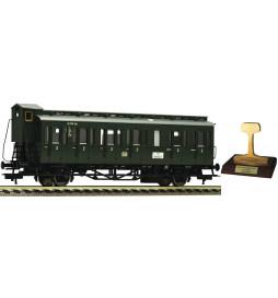 """Fleischmann 507101 - 2-osiowy wagon pasażerski """"Boczniak"""" Cpr21 DB"""