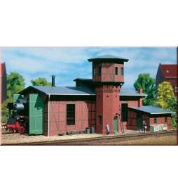 Auhagen 11400 - Lokomotywowania z wieżą wodną