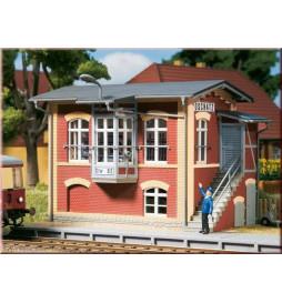 Auhagen 11411 - Nastawnia kolejowa Oschatz