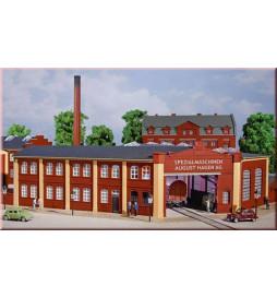 Auhagen 11421 - Budynek fabryczny z bramą