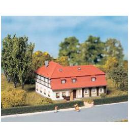 Auhagen 13305 - Duży dom mieszkalny TT