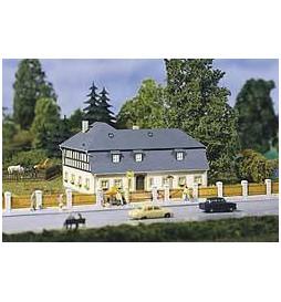 Auhagen 13306 - Duży dom mieszkalny TT