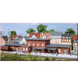 Auhagen 13328 - Dworzec kolejowy Wittenburg TT