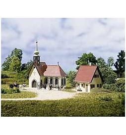 Auhagen 14461 - Dorfkirche mit Pfarrhaus