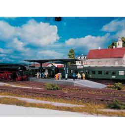 Piko 61821 - Peron Burgstein (Zamkowa Góra) z zadaszeniem
