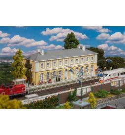 Faller 110119 - Dworzec Neukirchen
