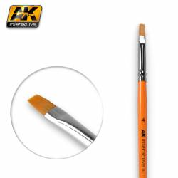 AK-610 - FLAT BRUSH 4 SYNTHETIC ( AK Interactive AK610 )