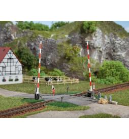 Auhagen 41604 - Beschrankter Bahnübergang