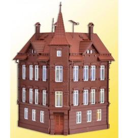 Vollmer 43807 - H0 Railman`s house, corner house