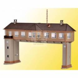 Vollmer 47603 - N Gantry signal tower