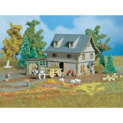 Vollmer 49541 - Z Barn with yard gate