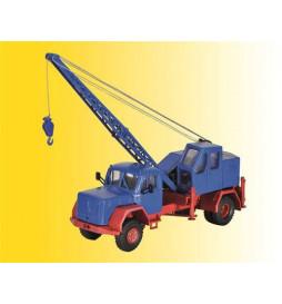 Kibri 11290 - H0 MAGIRUS Eckhauber with Fuchs excavator