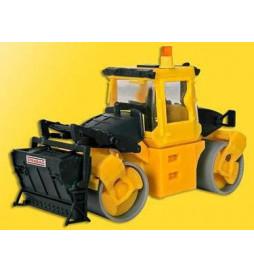 Kibri 11558 - H0 BOMAG roller with grit spreader