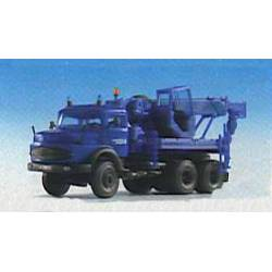 Kibri 18459 - H0 THW MB truck with recovery crane