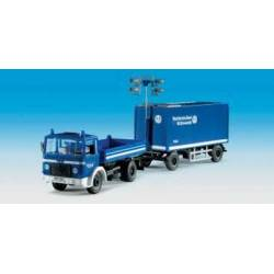 Kibri 18462 - H0 THW MAN lorry with floodlight trailer