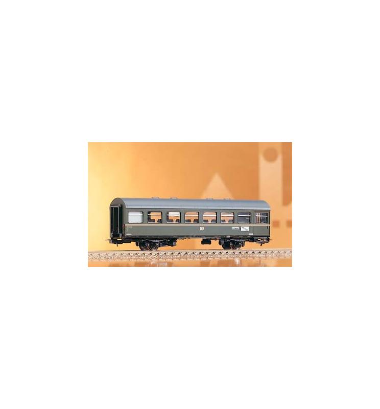 Wagon 2.Kl. 2 osie Bgtre DR III - Piko 53084