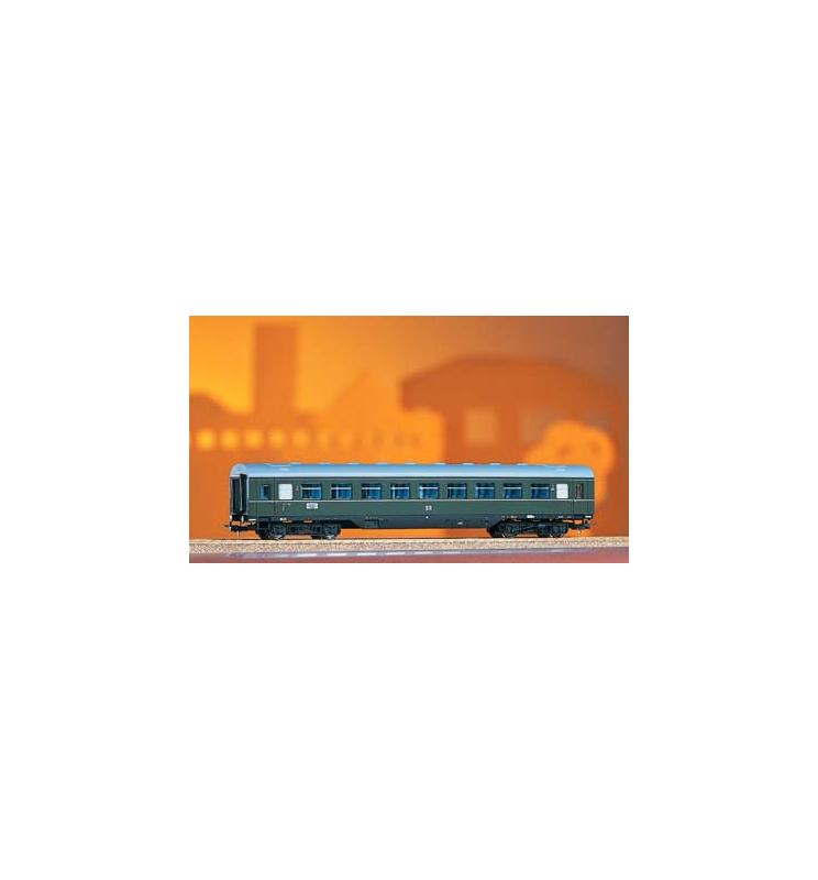 Wagon Osobowy 2. Kl. B4ge DR III Spoiler - Piko 53242