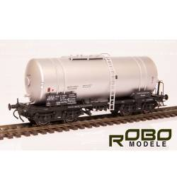 Robo 12042011 - Wagon cysterna .Uahs RRyh (406Ra) PKP PEC, ep. IV, srebrna