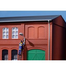 Auhagen 80205 - Okna zasklepione, czerwona cegła
