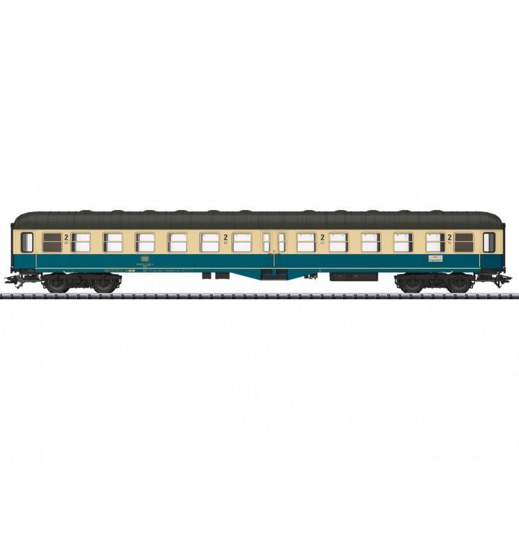 Trix 23165 - Wagon pasażerski 2kl Bym(b)421 DB z oświetleniem