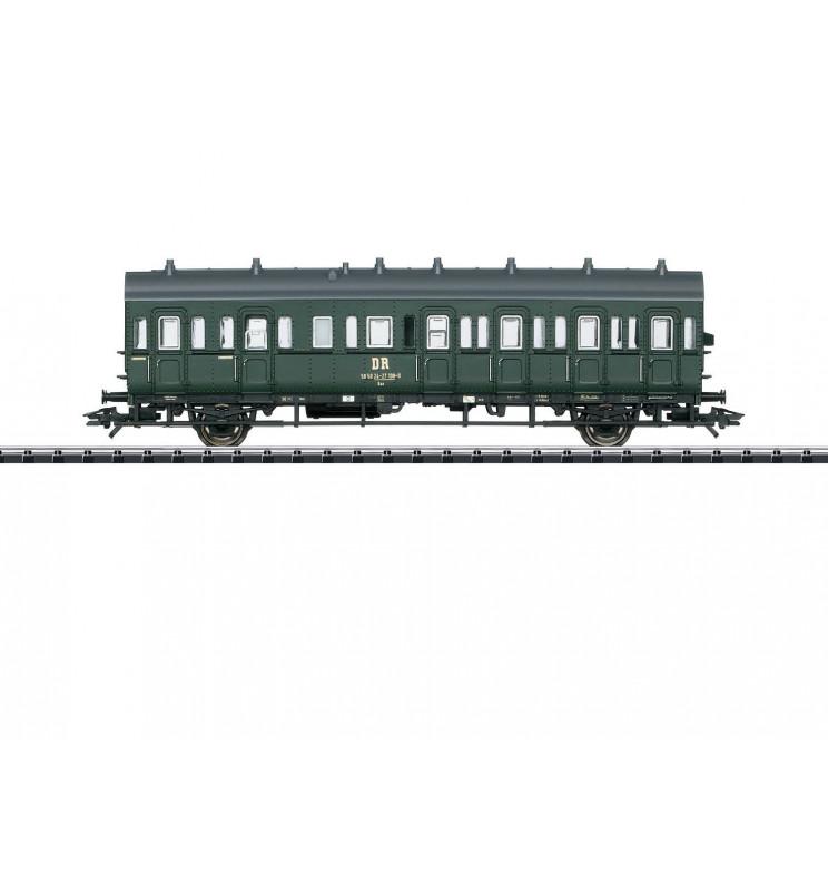 Trix 23307 - Wagon pasażerski Baa (boczniak) DR/DDR