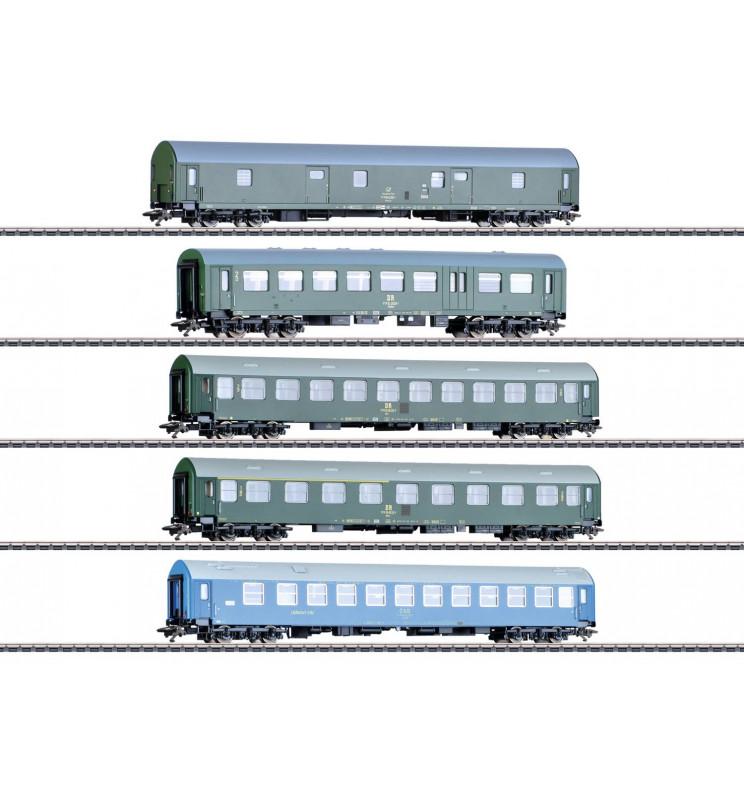 Marklin 042982 - GDR German State Railroad Passenger Car Set