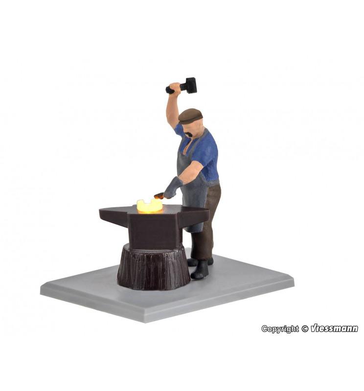 Viessmann 1514 - H0 Kowal z rozżarzonym żelazem (model funkcjonalny)