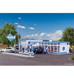 Kibri 38541 - H0 ARAL fuel station
