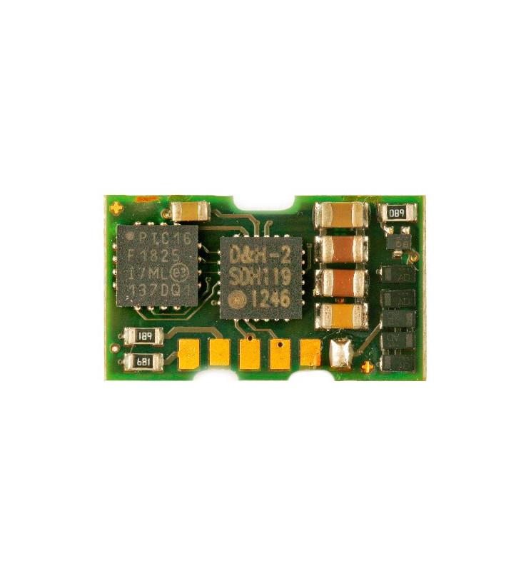 Miniaturowy dekoder DCC/SX/MM jazdy i oświeltenia D&H DH06A tylko styki bez przewodów