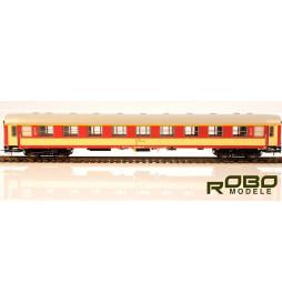 Wagon pasażerski 112A typ Y 1 klasy kremowo-czerwony, St. Przemyśl - Robo 2113110