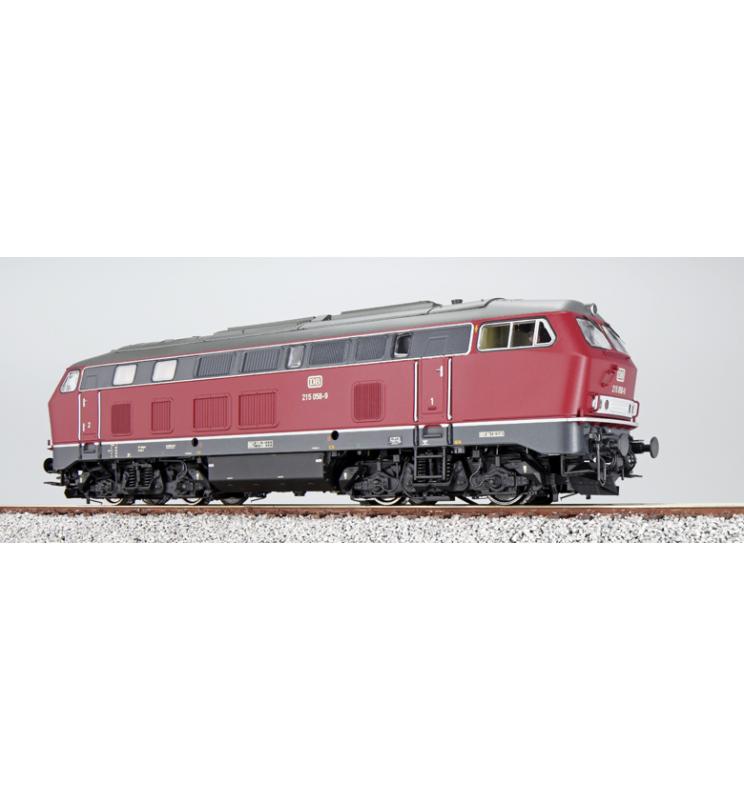 Lokomotywa spalinowa, DB BR 215, 215 058, Ep IV, cimnoczerwony, LokSound, Generator dymu, Skala H0, AC/DC - ESU 31024