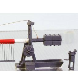 Weinert 33401 - Zapory kolejowe z otwartym kołem pasowym i mechanizmem dzwonka z firankami, model 9 m (H0)