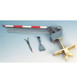Weinert 33641 - Zapory kolejowe z otwartym kołem pasowym i mechanizmem dzwonka z firankami, model 7 m (H0)