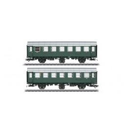 M043185 Para wagonów osobowych 3.Kl.DB
